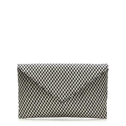 Convertible stationery clutch in raffia