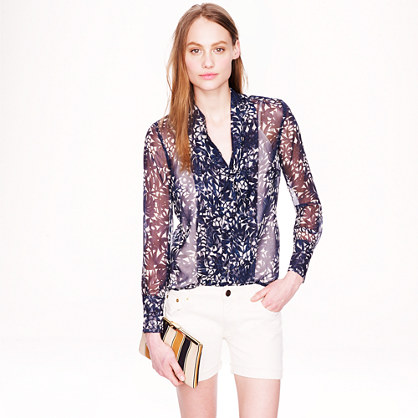 Collection secretary blouse in photo lace