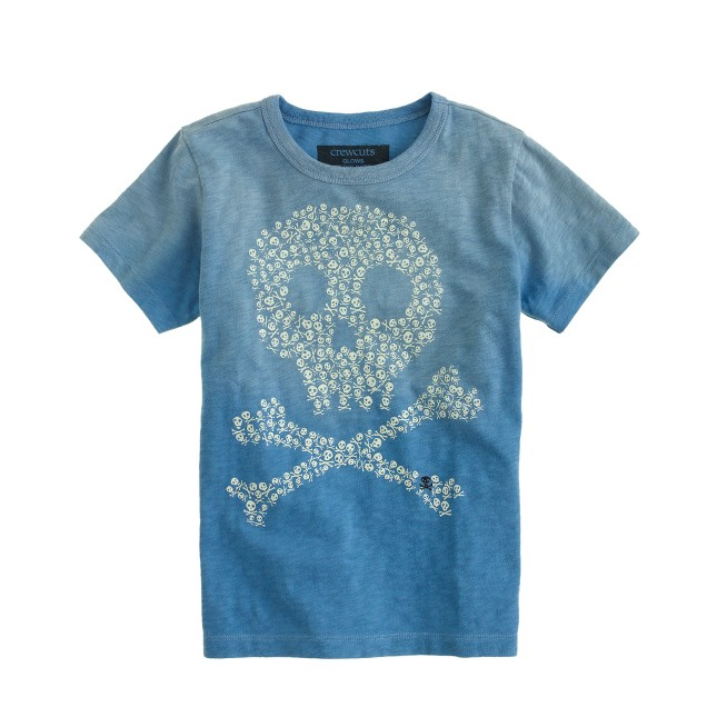 Boys' glow-in-the-dark skulls tee