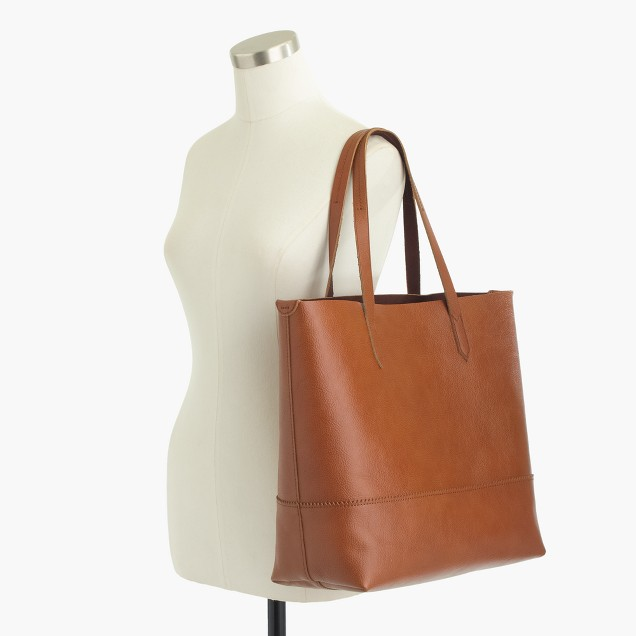 Downing tote