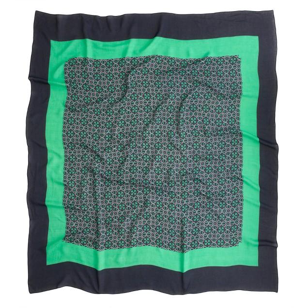 Lattice medallion scarf