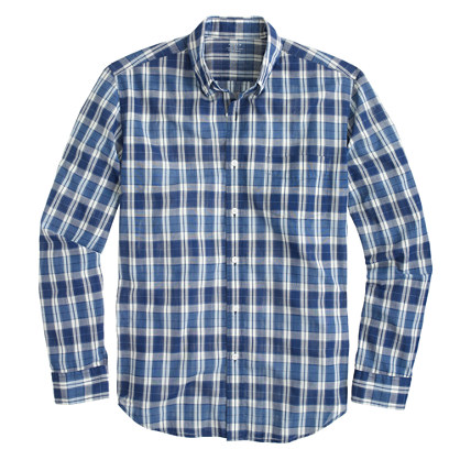 Lightweight chambray shirt in seashore blue plaid