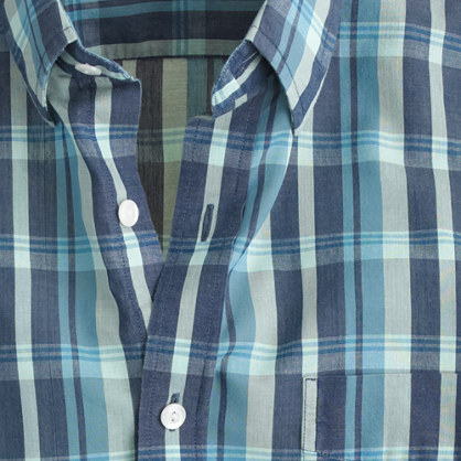 Lightweight chambray shirt in deep ultramarine blue plaid