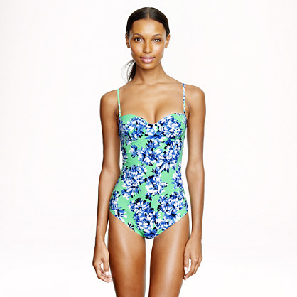Short torso photo floral underwire one-piece swimsuit