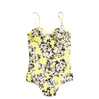 D-cup photo floral underwire one-piece swimsuit