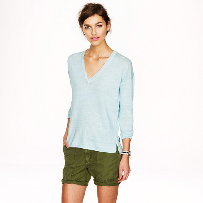 Linen V-neck sweater in garment dye