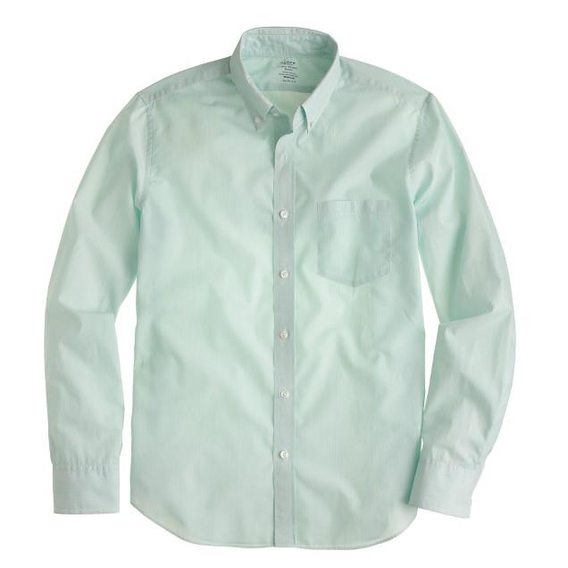 Slim lightweight shirt in pencil stripe