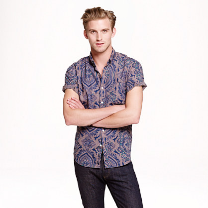 Short-sleeve shirt in floral paisley