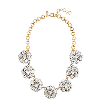 Circular petals necklace