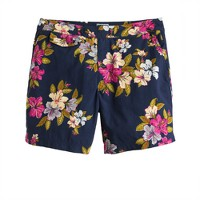"6.5"" tab swim short in Hawaiian floral"