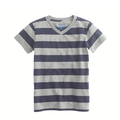 Boys' V-neck tee in rugby stripe