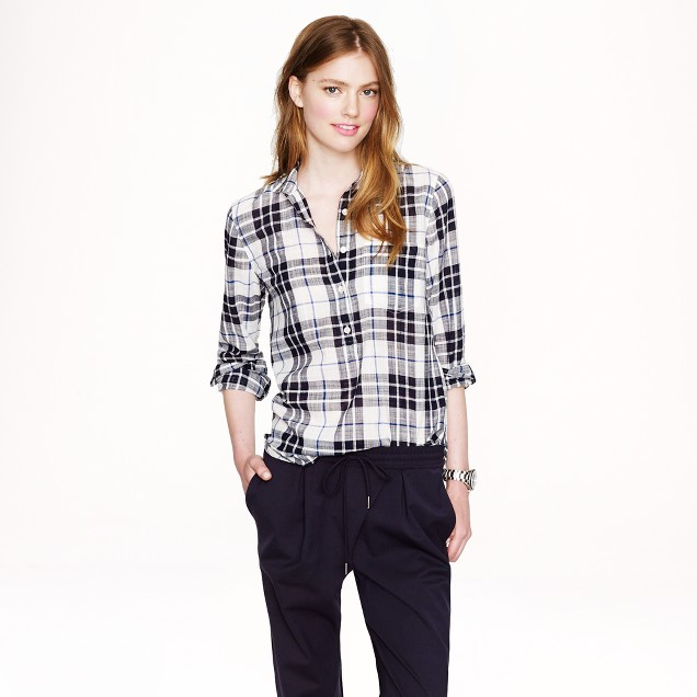 Gauze popover in navy plaid