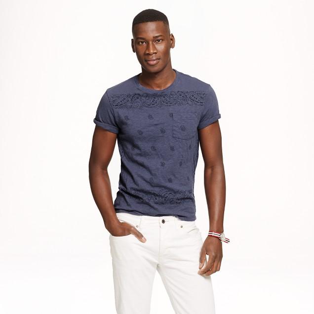 Pocket T-shirt in bandana print