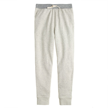 [cf]Boys' slim slouchy sweatpant in heather stone