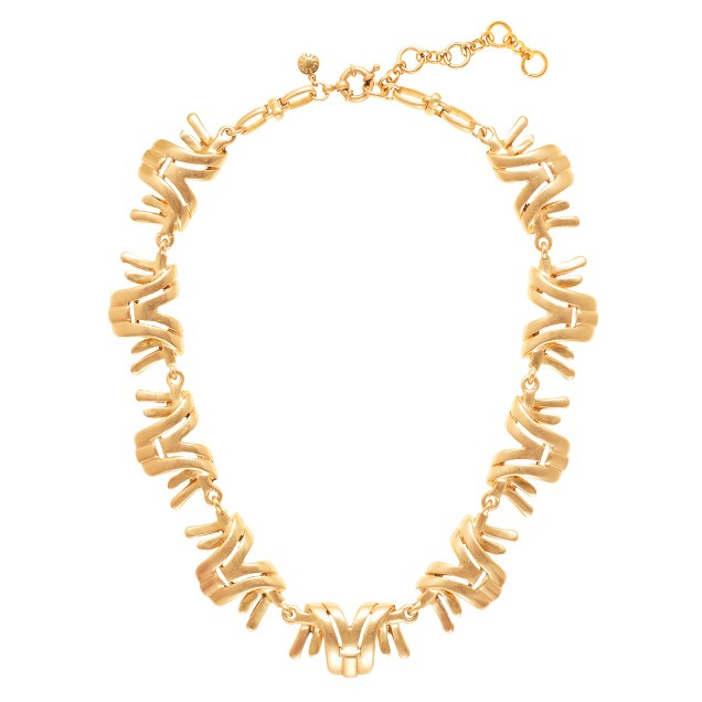 Sculpted golden necklace