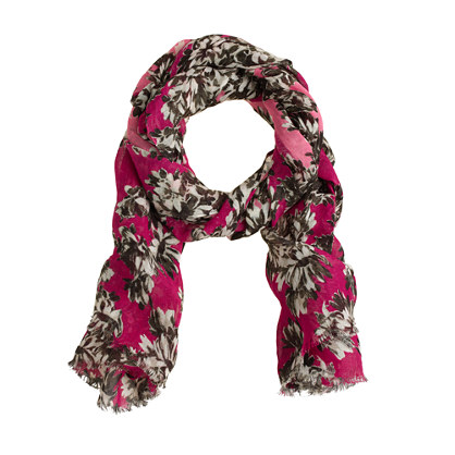 Photo floral scarf