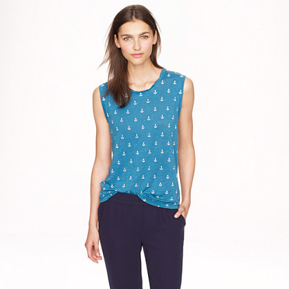 Linen tank in anchors