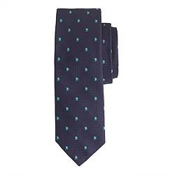 Silk tie in paisley foulard