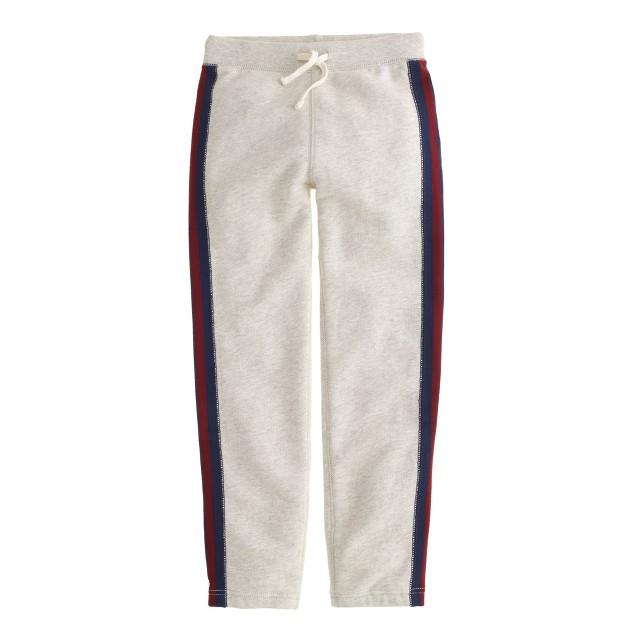Boys' classic sweatpant in side stripe