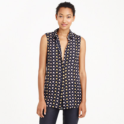 Silk sleeveless blouse in heart dot