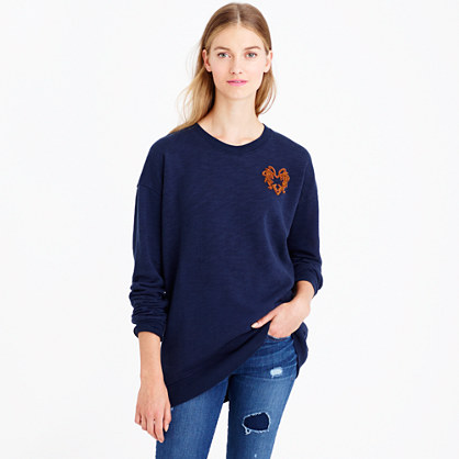 Oversize sweatshirt with bullion heart