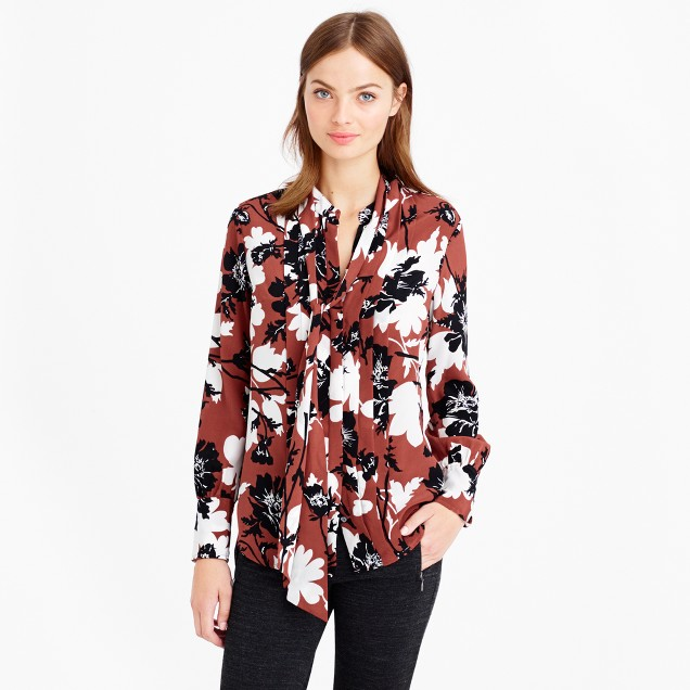 Collection secretary blouse in ochre floral