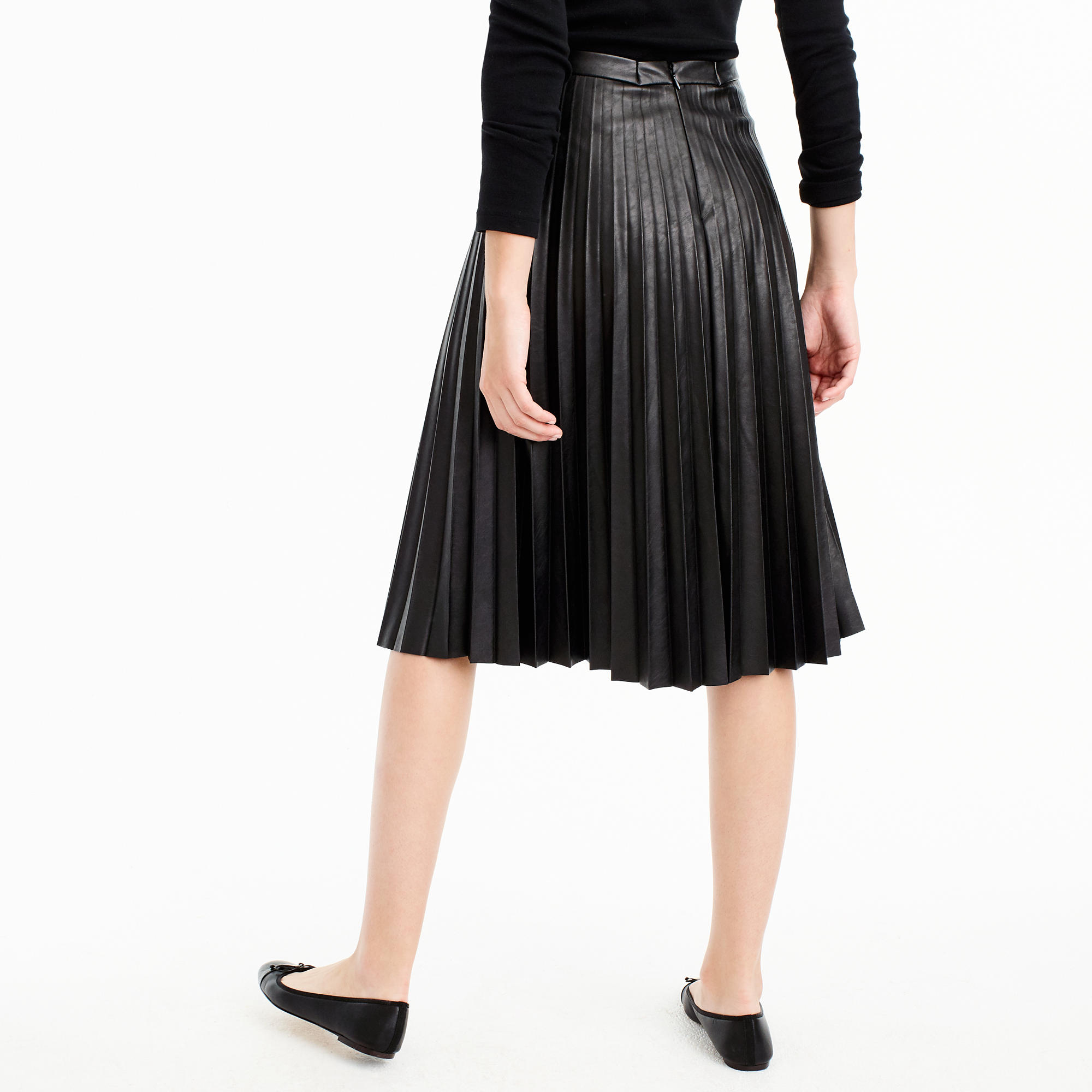 pleated skirt leather dress ala