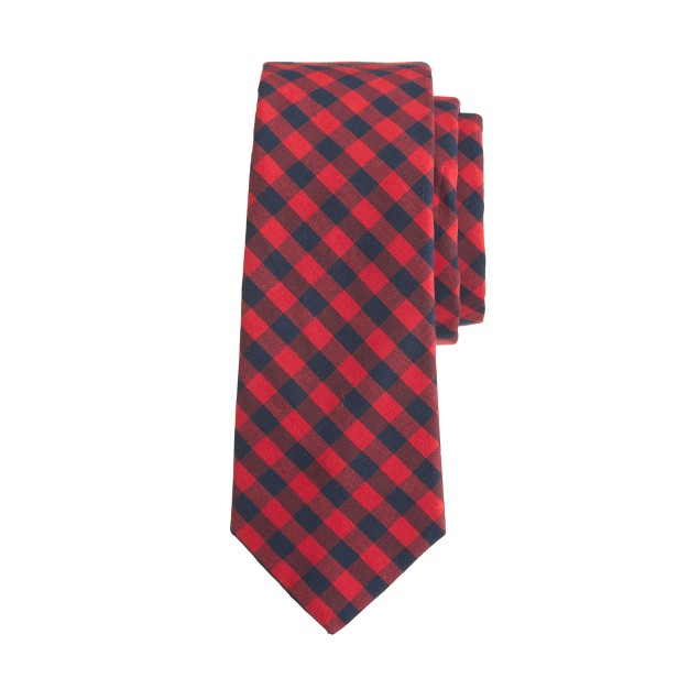 Boys' flannel tie in deep red plaid