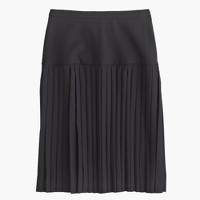 Drop-waist pleated skirt in Super 120s wool