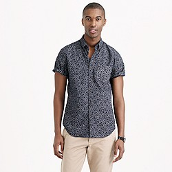 Secret Wash short-sleeve shirt in classic navy floral