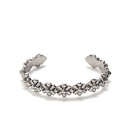 Metal bloom cuff bracelet