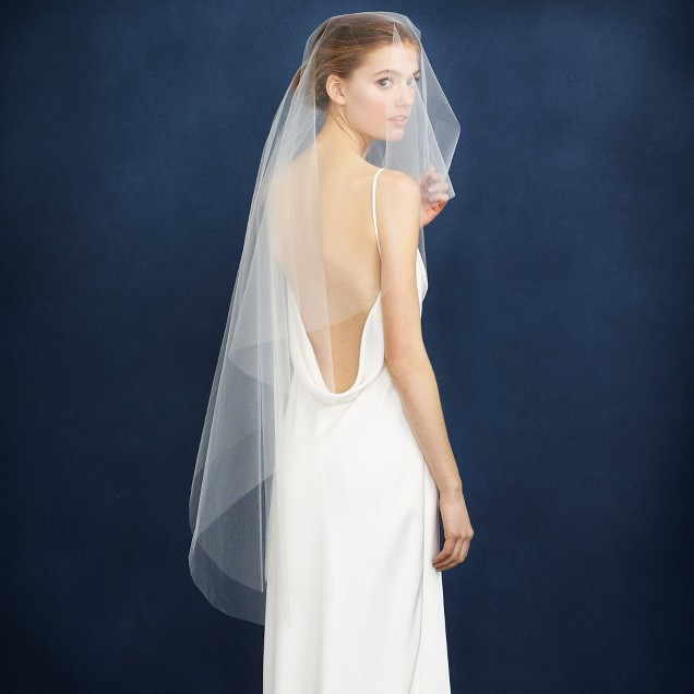 Twigs & Honey® single layer fingertip veil