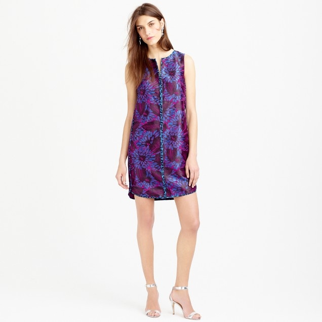Sleeveless shift dress in midnight floral jacquard