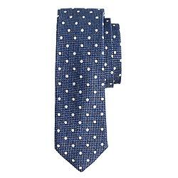 Silk tie in faded peri dots