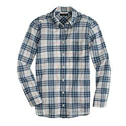 Summerweight shirt in navy plaid