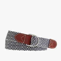 Woven diamond D-ring belt