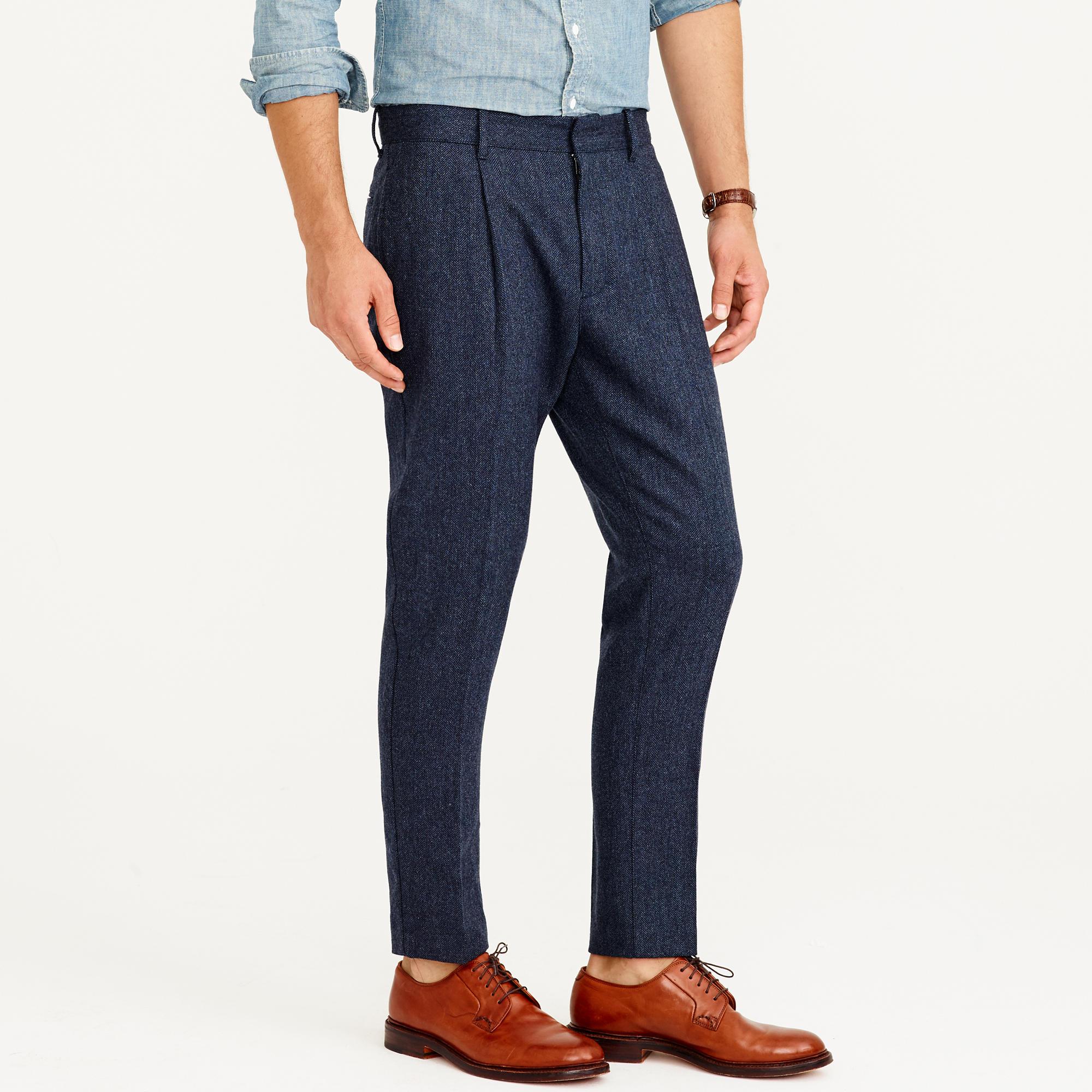 Wallace & Barnes herringbone wool pleated tapered trouser : Men ...