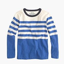 Boys' long-sleeve T-shirt in engineered stripe