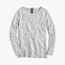 Sweatshirt with side slits