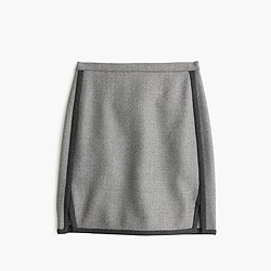 Double-notch contrast mini skirt