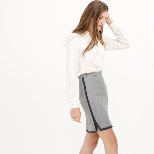 Petite double-notch contrast mini skirt