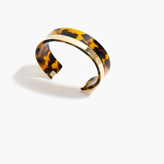 Shiny tortoise cuff bracelet