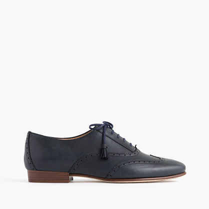 Tasseled oxford shoes