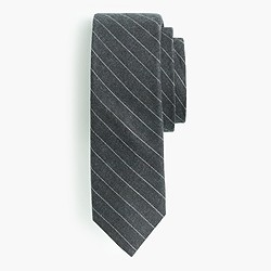 Cotton tie in open pinstripe