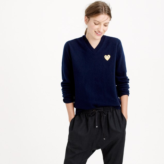 PLAY Comme des Garçons® V-neck sweater with gold heart