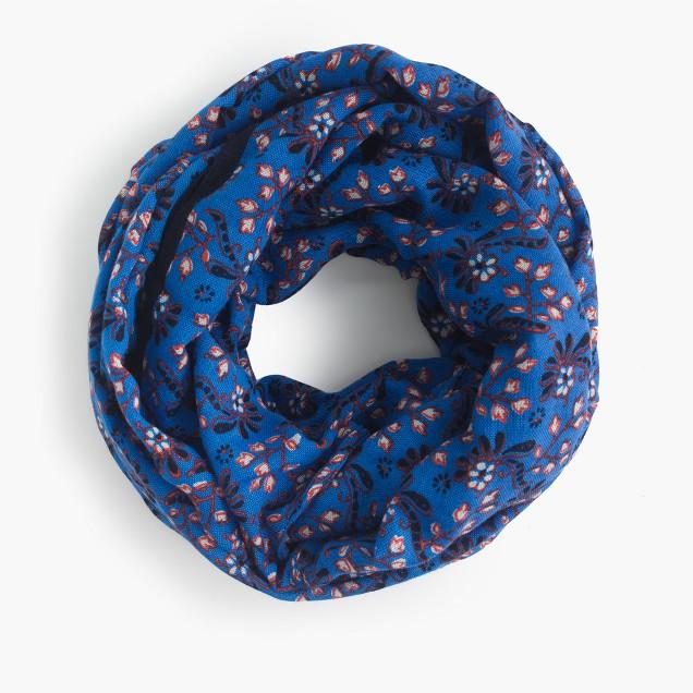 Snood in vintage scarf print