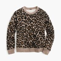 Crewneck sweatshirt in leopard print