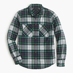 Petite boyfriend shirt in ridge plaid