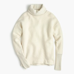 Relaxed fleece turtleneck with cashmere trim