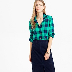 Petite shrunken boy shirt in emerald buffalo check